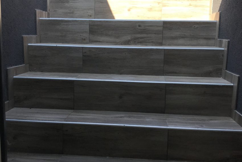FOTO schodisko na vonkajšiu terasu